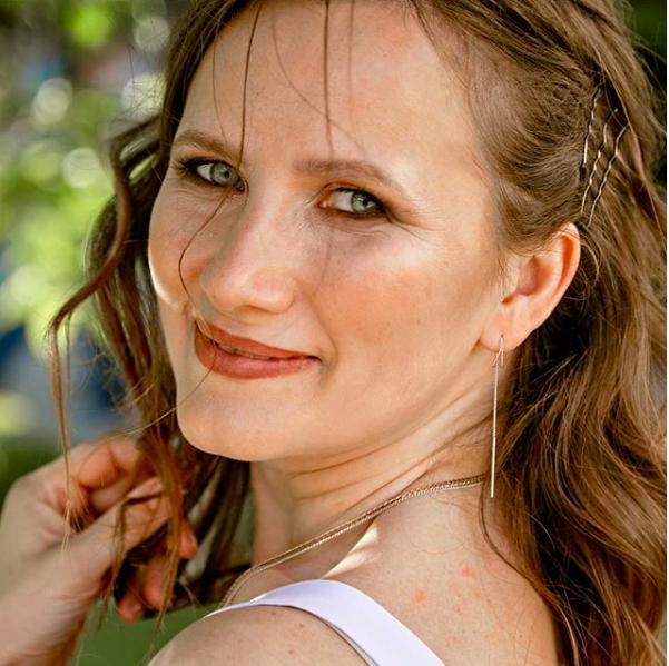 Ирина Кульварская, продвижение экспертов
